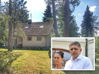 Ficovci sa zbavili majetku: FOTO Po 20 rokoch predali svoju chatu susedovi
