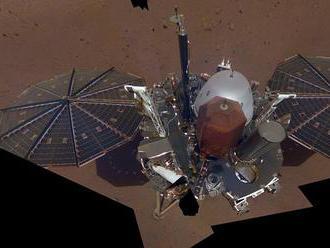 Mars je stále seizmicky aktívny, sonda InSight zaznamenala na planéte prvé otrasy