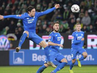 Video: Hoffenheim uštedril Schalke 04 debakel a Bayern je bližšie k nemeckému titulu