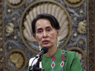 Barmská vůdkyně Su Ťij přiletí v červnu do Prahy