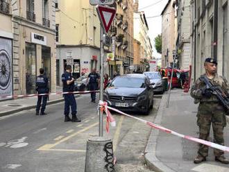 Ve Francii po třech dnech zatkli kvůli útoku v Lyonu tři lidi