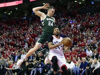 Toronto srovnalo semifinálovou sérii NBA s Milwaukee