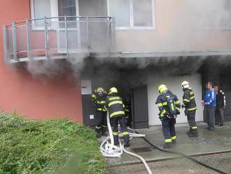 Požár vozidla vpodzemních garážích na největším sídlišti ve Zlíně vyděsil obyvateledomu