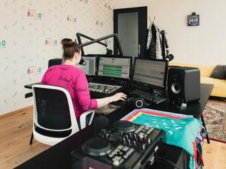 Trnavské rádio vysiela z vynoveného štúdia