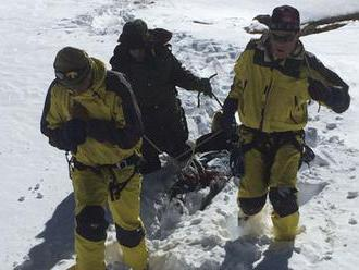 V Nepále o život prišli dvaja horolezci, pátrajú po nezvestnom Írovi