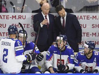 ROŠÁDY V ZOSTAVE: Hokejisti SR nastúpia proti Francúzom so zmenami