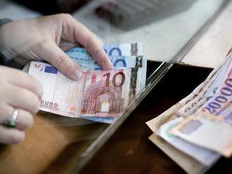 Meglepően kevés magyar támogatja az euróbevezetést