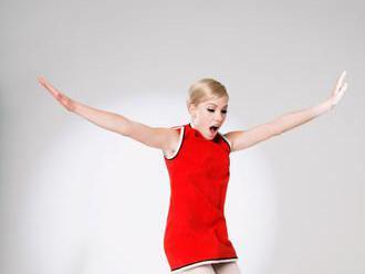Pop jako droga. Zpěvačka Carly Rae Jepsenová vydala album nekomplikovaných emocí