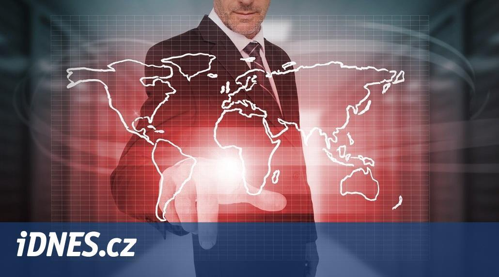 Češi sice brblají, ale zvyklostem v zahraniční firmě se přizpůsobí