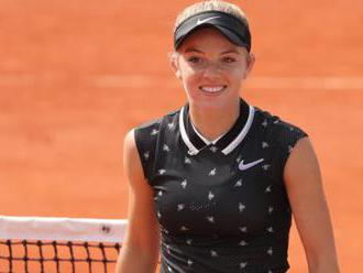 Swan and Watson win French Open qualifying rounds