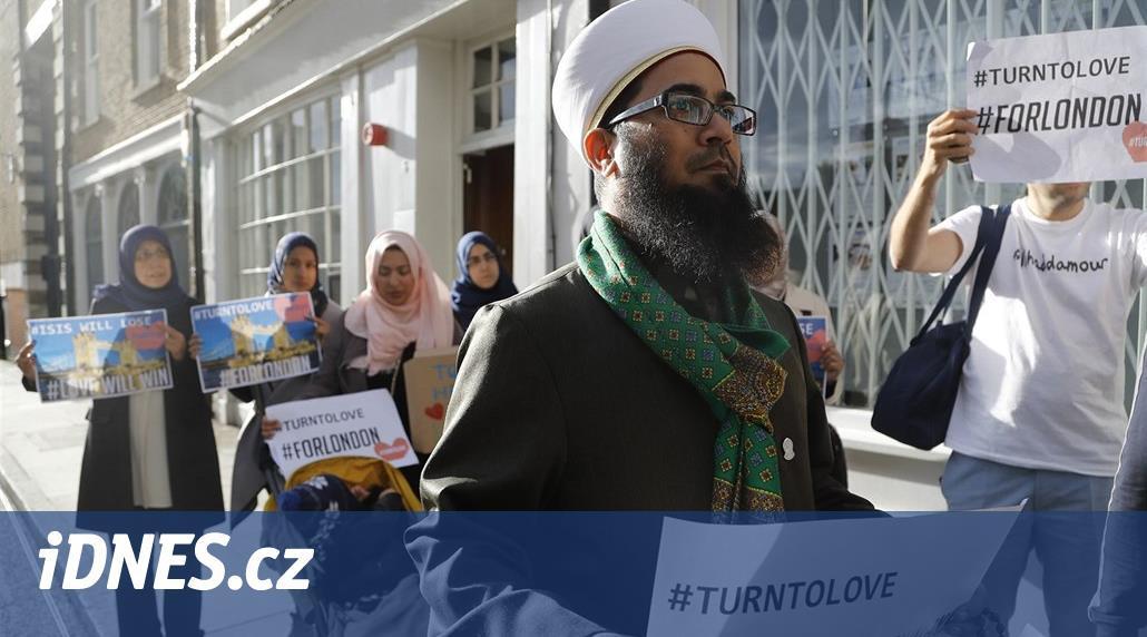 Je islamofobie rasismus? Britské policii to může ztížit boj proti terorismu