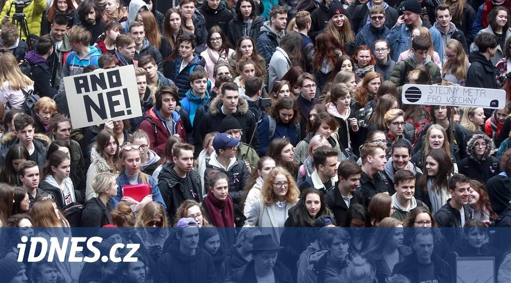 Studenti po roce vyjdou do ulic a budou stávkovat za nezávislost justice