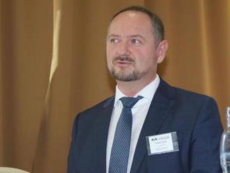 Predsedom Maďarského fóra sa stal Zsolt Simon, hovorí o zmene preambuly ústavy