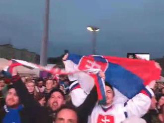 VIDEO: Slovenské námestia žijú hokejom