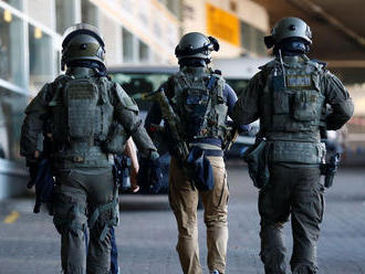 Pri raziách v dvoch bytoch v Egypte bolo zabitých 12 podozrivých džihádistov