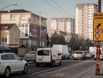 Na Gagarinovej ulici zmenia cez víkend dopravné značenie