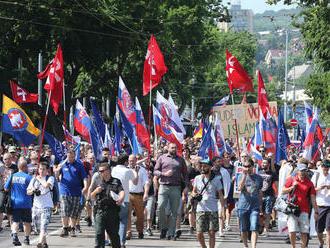 Slovensko vyšle prvý raz do europarlamentu extrémistov