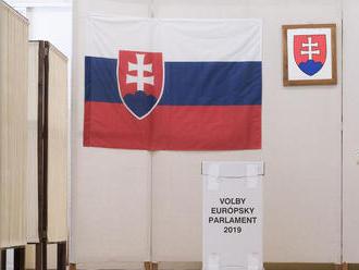 KDH hodnotí eurovoľby pozitívne, SaS je sklamaná
