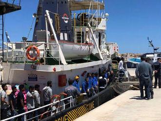 Lekár z Lampedusy: Pozor na fašistov