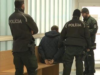 Policajti zasahovali v Rožňave: Pri protidrogovej akcii zadržali viac než 167 dávok marihuany