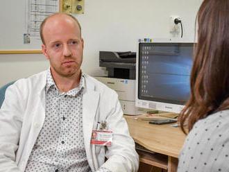 Infektológ: Ľudia sa už HIV neboja, žijú rizikovejšie a nakazených pribúda