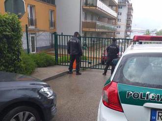 Polícia v prípade zabitého chlapca v Žiline preveruje aj iné verzie, než je falošný odpočtár