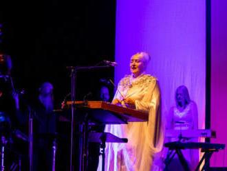 NAžIVO: Dead Can Dance svým posluchačům v Kongresovém centru otvírali srdce