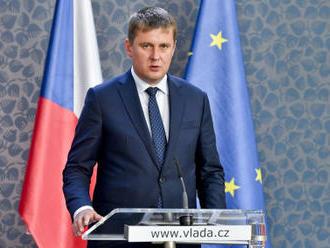 Petříček: Kandidátů do čela komise je více, jednání pokračují