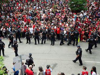 Oslavy titulu v NBA v Torontu narušila střelba, na místě byl i premiér Trudeau