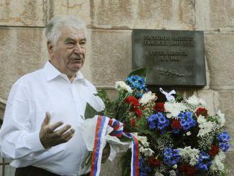 Nielen veriaci si v Bratislave uctili veľkého Slováka Antona Srholca