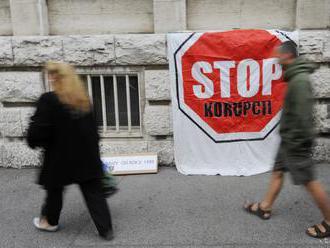 EK odporúča, aby Slovensko zvýšilo úsilie v boji proti korupcii