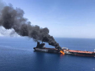 Japonský majiteľ napadnutého tankera poprel verziu o útoku pomocou mín