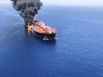 Británia viní z útoku na tankery v Hormuzskom prielive Irán