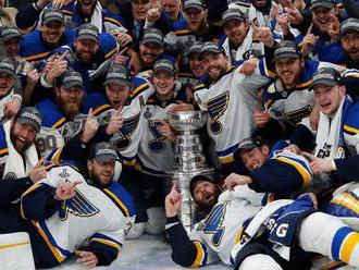 Hokejisté St. Louis slaví poprvé zisk Stanley Cupu, v Bostonu zvítězili 4:1 - Aktuálně.cz
