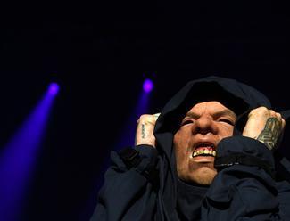 Recenze: Slipknot v maskách odehráli možná nejhlasitější koncert v historii O2 areny