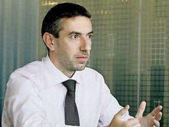 Komentář Davida Marka: Koruna je stále v kleštích protichůdných sil, česká ekonomika je