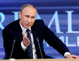 """V tradičnej televíznej relácii """"Priama linka s Vladimírom Putinom"""" ruský prezident v priamom prenose"""