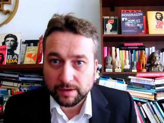 Blaha naložil Aaronovi Singletterymu z americkej ambasády. To ste ešte nevideli