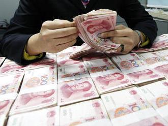 Čína půjčuje