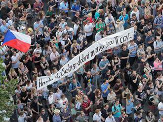 Živě: Česko čeká největší demonstrace od roku 1989. Protestům nerozumím, říká Babiš