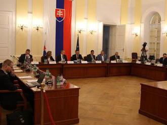 Ústavnoprávny výbor po štvrtý raz vypočúva kandidátov na sudcov ÚS