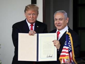 Izrael pomenoval po Trumpovi osadu na Golanských výšinách