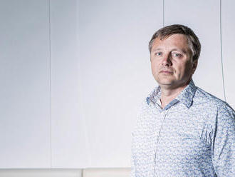 Ředitel firmy Diametral Miroslav Bulka bere vše, co mu cesty nabídnou. Jen v Indii se raději živil p