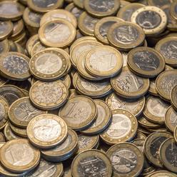 EK odmietla Trumpovu kritiku, ze euro je podhodnotene