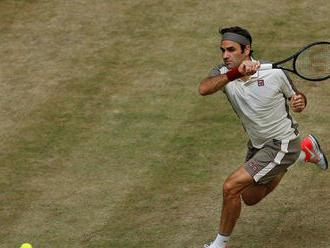 Na tráve nemá konkurenta. Federer je blízko k desiatemu titulu v Halle