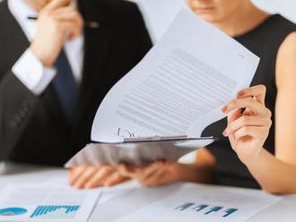 Může soud rozhodnout osnížení nepřiměřeně vysoké pokuty a úroků?