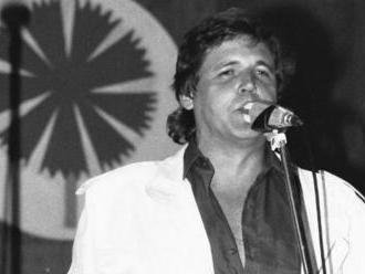 Mal prezývku Český Elvis. Karel Zich sa narodil  s muzikou v krvi