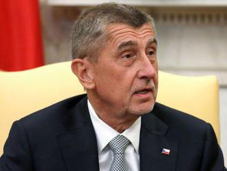 Opozícia chce hlasovať v českom parlamente o nedôvere vláde