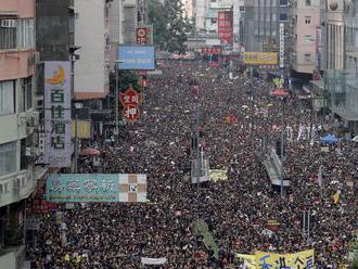 Čína v Hongkongu ustúpila. Dokedy?