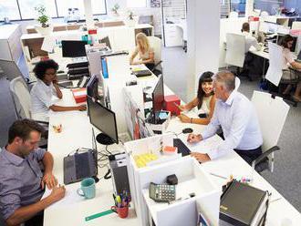 Práce bude dostatok aj v treťom štvrťroku, firmy hľadajú ľudí